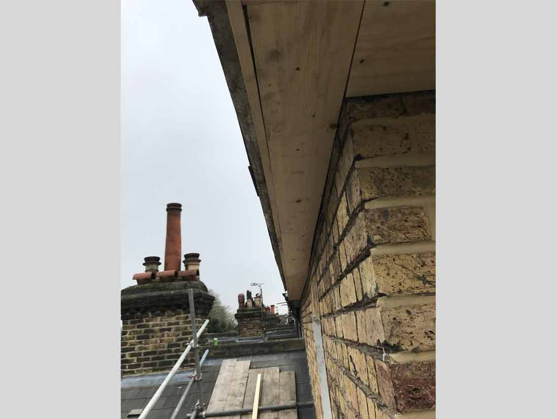 wood-fascia-boards-soffit-and-guttering-replacement