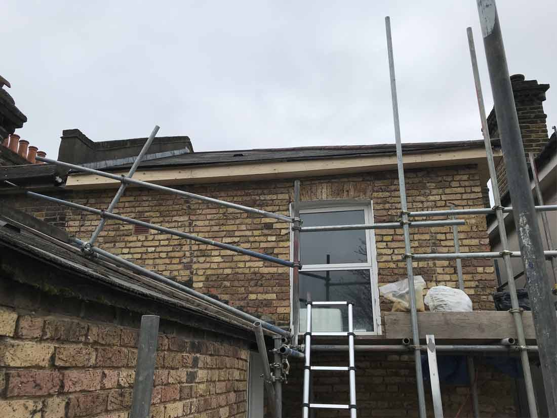 wood-fascia-boards-soffit-and-guttering-replacement02