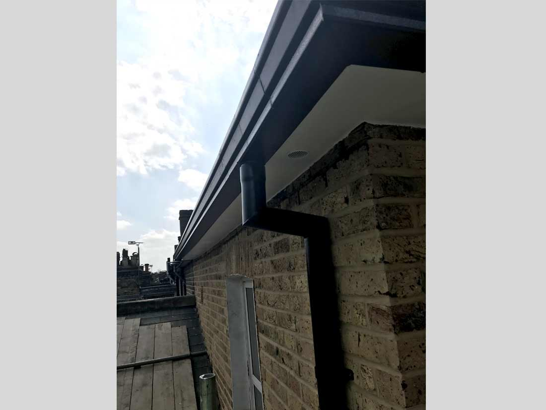 wood-fascia-boards-soffit-and-guttering-replacement06